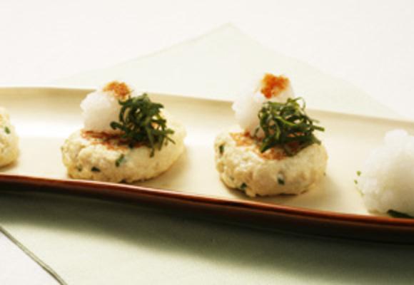 豆腐と魚のふんわりハンバーグ