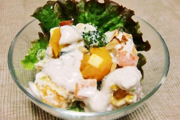 チーズinかぼちゃボールの豆腐クリームサラダ