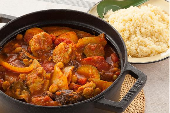チキンと野菜のモロッコ風トマト鍋