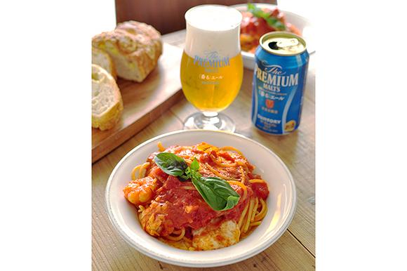 モッツァレラとえびのトマトパスタ