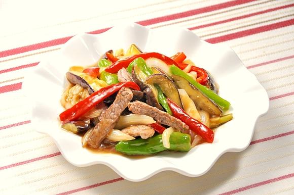 牛肉と初夏野菜のオイスターソース炒め