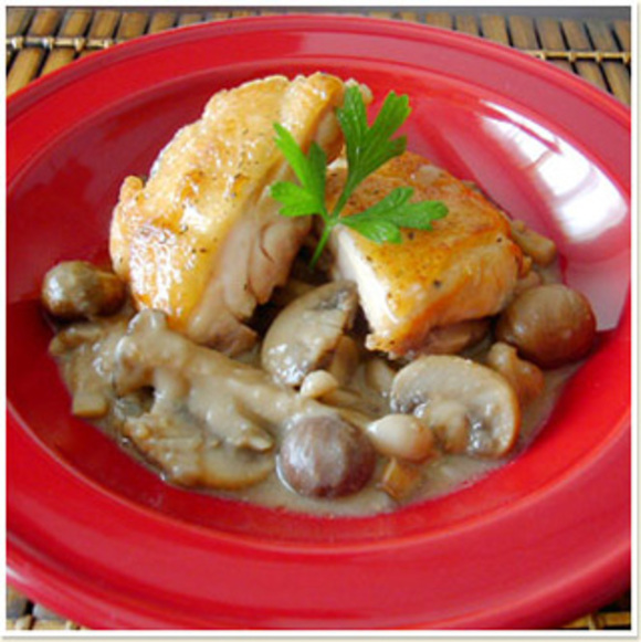 鶏肉のソテー キノコと栗のソース