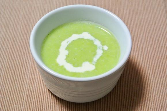 グリーンピースと豆乳のポタージュスープ